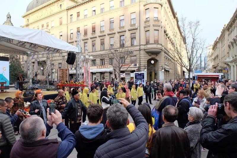 Tarian Budaya Lampung Muncul Di Kota Zagreb Kroasia Altumnews Com