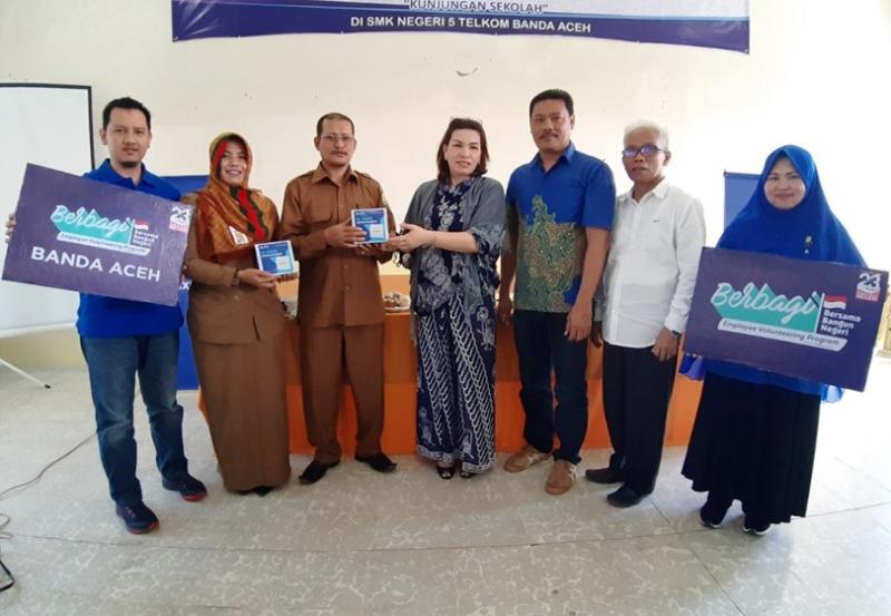 Karyawan Xl Axiata Berbagi Pengetahuan Dunia Digital Pada Pelajar Di Aceh Altumnews Com
